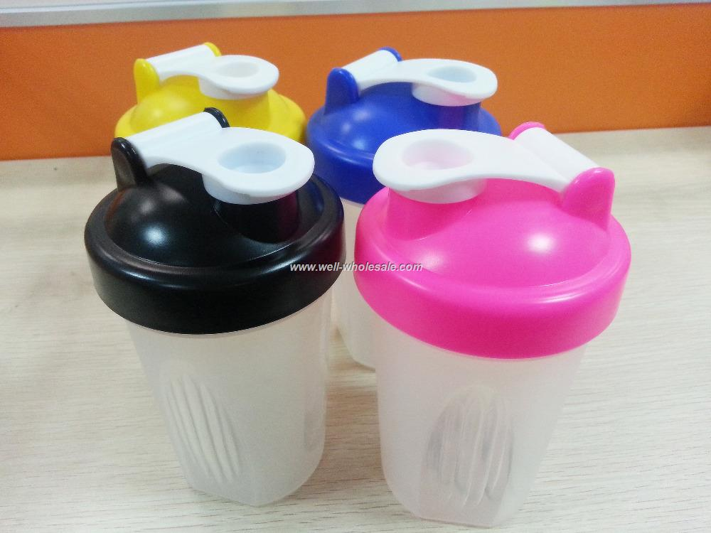 Wholesale plastic BPA free water shaker cup