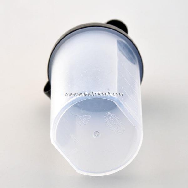 700ml custom wholesale food grade BPA free plastic shaker bottles