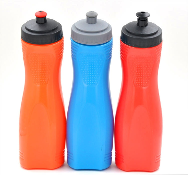 Cool squeeze sport bottle with safe grip
