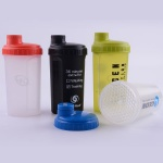 700ml plastic protein shaker bottle with lid