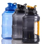 BPA-free 2.5L Plastic water jug with handle